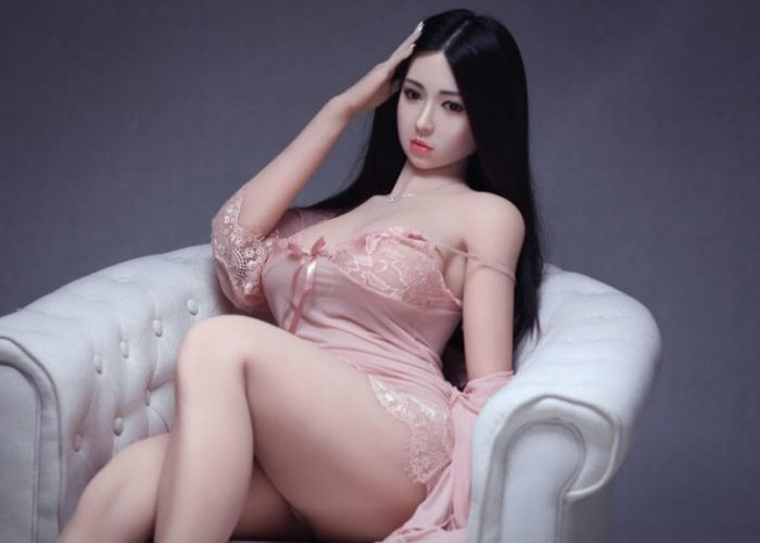 My first experience with a Sex Doll.